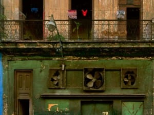 Michael Eastman, Three Fans. Courtesy of Michael Hoppen Contemporary.