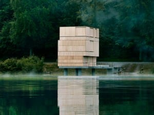 Lake Rotsee, Lucerne, Andreas Fuhrimann & Gabrielle Hächler. The rest of the year, the structure remains closed – a distinctive wooden sculpture, re ected in the still lake water.