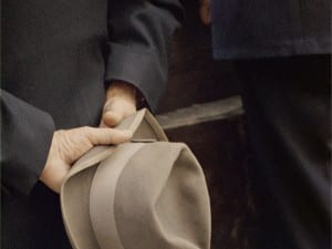 Saul Leiter, Hat, 1956. © Saul Leiter. Courtesy of Howard Greenberg Gallery, New York.